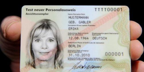 Vorsicht Betrug: warum Sie Ihren Personalausweis (fast) nie aus der Hand geben sollten