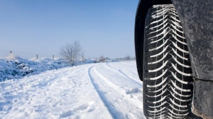 Schnee und Eis trotzen: So bleibt Ihr Auto im Winter fit