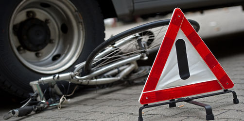 Abbiegeassistenten für Lkw: Farce um lebensrettende Technik für Radfahrer?
