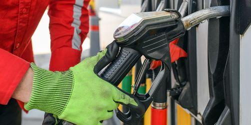 Höhere CO2-Bepreisung beschlossen: Heizöl und Sprit wird wieder teurer