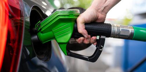 Spritpreise, KFZ-Steuer, Bußgelder: Das ändert sich 2021 für Autofahrer