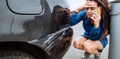 Urteil: Reicht nach Parkplatzrempler ein Zettel an der Windschutzscheibe?