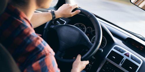 Trotz bestandenem Führerschein: Experten fordern Nachhilfe für Fahranfänger