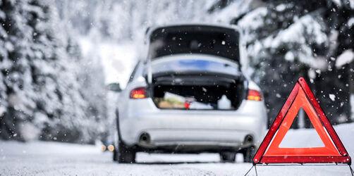 Sommerreifen bei Schnee: Diese Bußgelder drohen euch