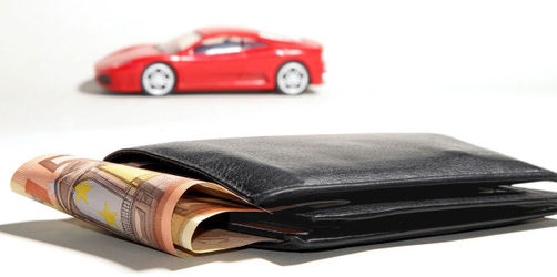 KFZ-Versicherung, Strompreise und Co: Hier die günstigste Tarife finden