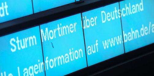 """Herbst-Sturm """"Mortimer"""": Das sind die Auswirkungen auf die Bahn und Bayern"""