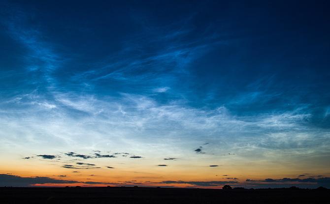 Leuchtende Nachtwolken: So seht ihr das seltene Naturschauspiel über Bayern
