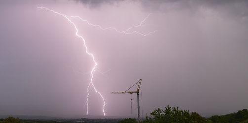 Heftige Gewitter und Hagel: In diesen Regionen drohen heute Unwetter