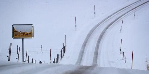 Erste Schneefront des Jahres und Sturm in der Nacht: Hier Wetterwarnungen checken!