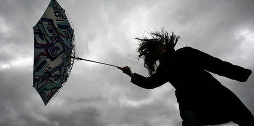 Erster Sturm des Jahres in Bayern erwartet: Hier wird es am Dienstag ungemütlich