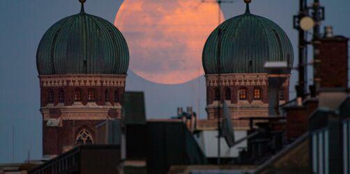 Himmelspektakel in Bayern: Freut euch auf den größten Vollmond des Jahres