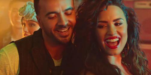Luis Fonsi feat. Demi Lovato – Échame la Culpa