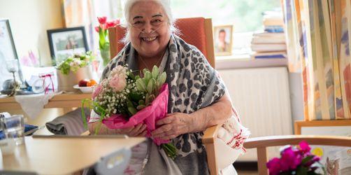 Ab Montag: Keine Einschränkungen mehr beim Besuch von Alten- und Pflegeheimen