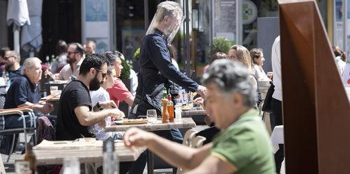 Biergärten öffnen in Bayern: Diese Regeln müsst ihr einhalten