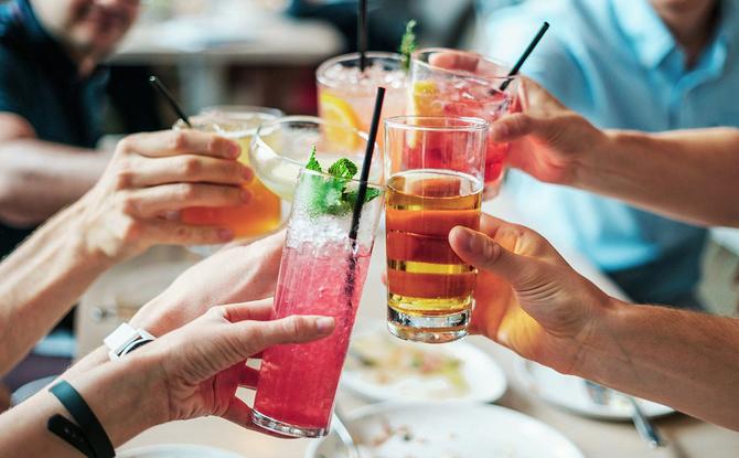 Hochzeit, Geburtstag, Party: Diese Regeln gelten aktuell für Feierlichkeiten