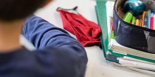 Nach den Sommerferien: Bayern führt Maskenpflicht an den Schulen ein