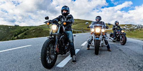 Motorrad-Ausflüge wieder erlaubt: Diese neuen Regeln gelten jetzt für euch