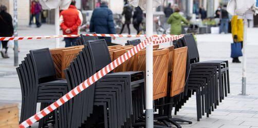 Öffnungen ausgesetzt, Beschränkungen gehen weiter: Das gilt ab Montag
