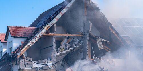 Nach Hausexplosion in Rohrbach: In Auto verbrannte Person jetzt als Ehemann bestätigt