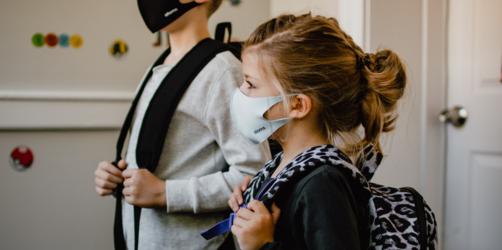 Nach den Sommerferien: Bayerns Schulen führen Maskenpflicht wieder ein