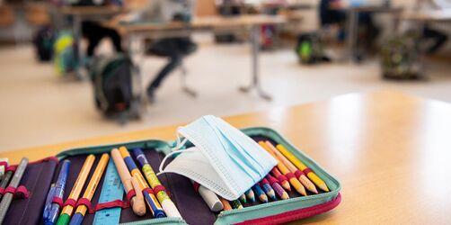 Testpflicht, Quarantäne & mehr: Piazolo beantwortet eure Fragen zum Thema Schule