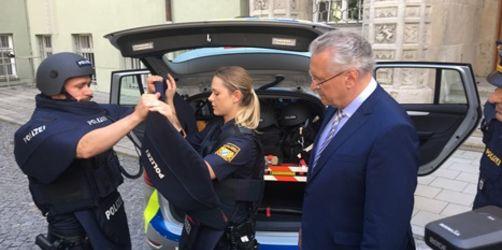 Neue Schutzausrüstung für die Bayerische Polizei