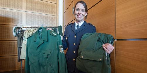 Rucksäcke und Taschen aus Polizei-Uniformen