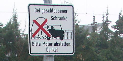 """""""Motor abstellen"""" in Dörfles-Esbach zu wörtlich genommen"""