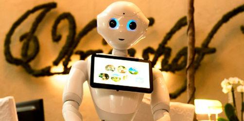"""Rimbach: Roboter """"Pepper"""" weist Hotelgästen den Weg"""