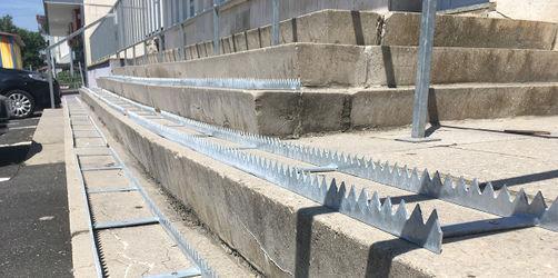 Ärger um gefährlichen Stachelstreifen auf Treppenstufen in Grombühl