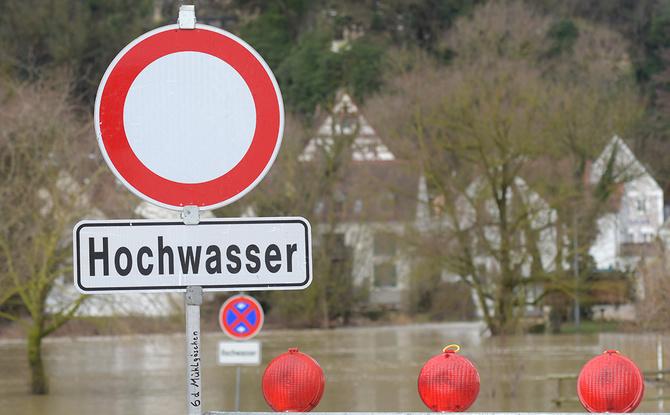 Dauerregen mit Überschwemmungen: Hier Hochwasser-Gefahr für eure Region checken