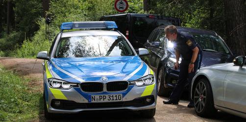 Toter im Wald bei Lauf: Polizei nimmt zwei Tatverdächtige fest
