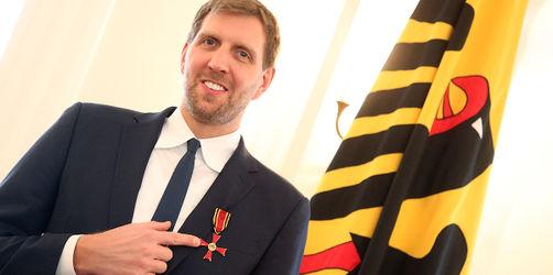 Ex-Basketballer Dirk Nowitzki erhält Bundesverdienstkreuz
