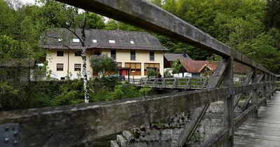 Armbrust-Rätsel von Passau: Aktuelle Bilder und Infos von vor Ort