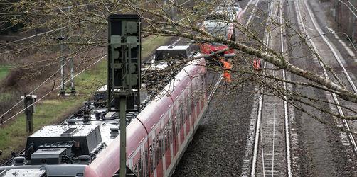 Sturmtief Petra: S-Bahn-Verkehr in München ausgebremst