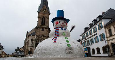 Gigant schmilzt: So sah der größte Schneemann Bayerns aus