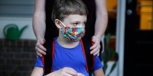 Polizei warnt vor Falschmeldungen: Kind angeblich wegen Maske gestorben