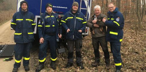 """Happy End nach zwei Wochen: THW Eichstätt rettet Terrier """"Finn"""" aus Dachsbau"""