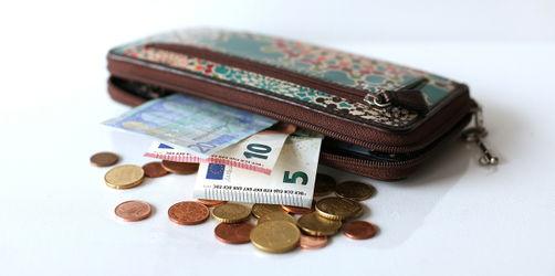 Steuerlast: Ab sofort arbeiten wir für den eigenen Geldbeutel