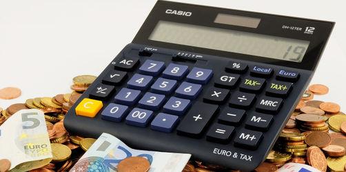2019 bleibt euch mehr vom Gehalt: So viel Plus gibt's für euer Konto