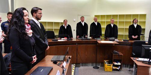Urteil im NSU-Prozess: Hauptangeklagte Zschäpe muss lebenslang ins Gefängnis