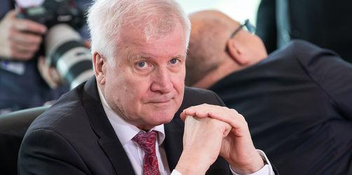 Seehofer greift durch: Bremer BAMF darf keine Asylentscheidungen mehr treffen