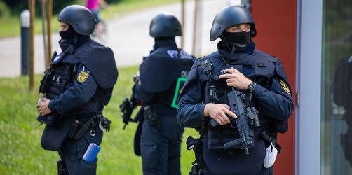 Bewaffneter Mann aus Oppenau weiter flüchtig: Das wissen wir aktuell