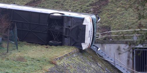 Zwei Schulbus-Unfälle an einem Tag: Bestürzung in Thüringen und Bayern