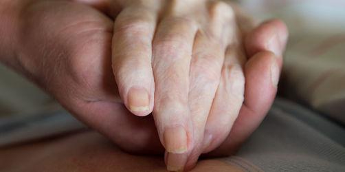 Verfassungsgericht kippt Verbot geschäftsmäßiger Sterbehilfe