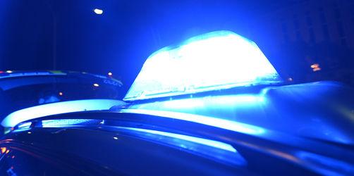 Raubüberfall auf Tankstelle in Winhöring: Polizei sucht Täter