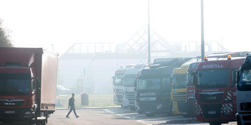 EU-Minister beschließen: LKW-Fahrer dürfen nicht mehr in der Kabine schlafen