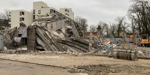 Sperrung am Sonntag: Regensburger Wirsing-Turm wurde gesprengt