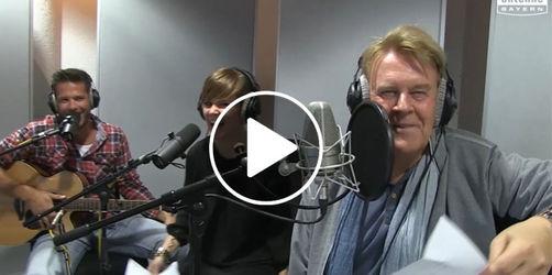 Entzückendes Terzett: Howard Carpendale singt mit den Jungen Wilden