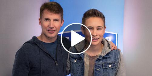 Superstar James Blunt überrascht Bayerns Nachwuchsstar Luca
